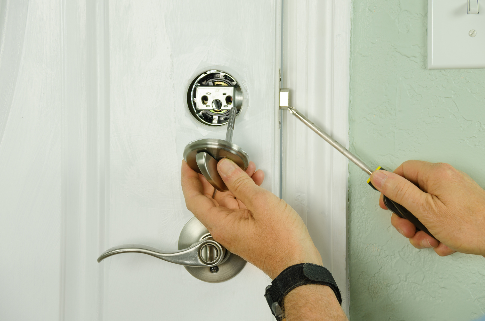 The Art of Locksmiths (Various Types of Locksmith)